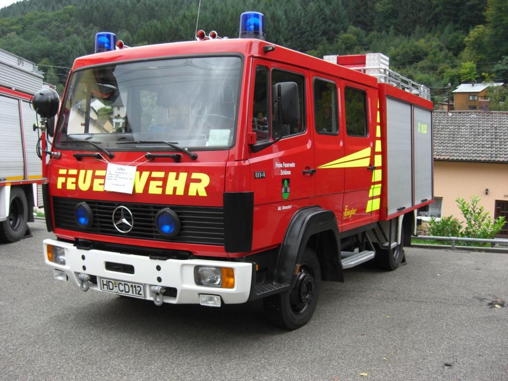 LF 8/6 bei der Fahrzeugübergabe des TLF 16/25 im Jahr 2008
